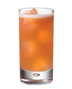Ingredients 1 ½ ounces Zacapa Rum 23¾ ounce Fresh Lime Juice½ ounce Simple Syrup1 ounce Strawberry Puree Instructions Combine Zacapa Rum 23, fresh lime juice, simple syrup and strawberry puree into a cocktail shaker with ice. Shake well and strain into a highball glass.    - MarieClaire.com