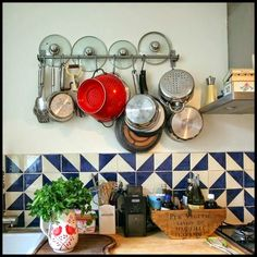 Cowie's Craft And Cooking Corner: Save Cupboard Space And Time By Storing Pots Pans ...