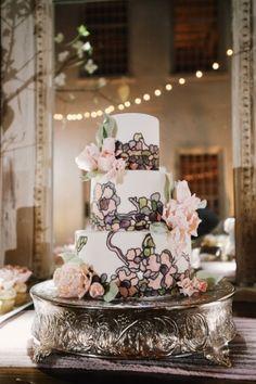 Wedding Cake, Confections on the Coast; Photo: Paul Johnson Photography - Florida Wedding http://caratsandcake.com/JordanandKevin