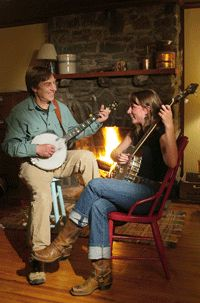 Classes and lessons for total beginners in bluegrass banjo, clawhammer banjo, fiddle, mandolin and guitar are being offered at the Log Cabin Music Center in Asheville, North Carolina.