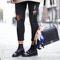 FASHNATIC profil: http://ift.tt/1QTu1L3 FASHNATIC Blogger: @aylin_koenig #blogger #fashion #fashionblogger #style #black #aylin_koenig #fashnatic #chanel #boyfriend #friday #love #weekend #shoes #streetstyle #beautifull #outfit #onlineshop #shopping #potd #girls #streetwear #stylish #fashionista #shopthelook #tgif #lotd #silk #fotd #nice
