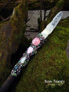 °Isolde of the White Hands ~ Crystal Magic Wand Gemsbok Horn Rose Quartz/Labradorite by SpinningCastle