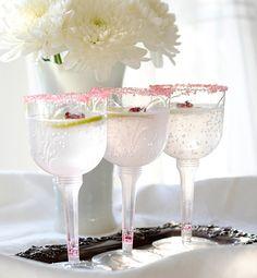 Love this plastic stemware!! The sugared rims and fresh fruit garnish make the lemonade look so elegant!! http://go.tipjunkie.com/pa/2504/glo.msn.com/living/hottest-and-wackiest-wedding-trends-7337.gallery?photoId=57000