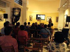 """""""Cómo leer en público"""", en Jaén, en el Palacio de Viladompardo. Curso intensivo para que aprendamos a leer en público. ¡¡¡me encantó impartirlo!!! nos lo pasamos genial."""