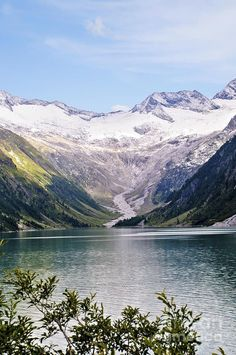 hiking around Schlegeis Dam And Reservoir - Austria