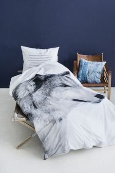 City North - Linens from City North - wolf print, length 220 cm - always free shipping