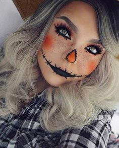 Looking for for ideas for your Halloween make-up? Browse around this site for creepy Halloween makeup looks. Halloween 2018, Halloween Costumes Scarecrow, Creepy Halloween Makeup, Scarecrow Makeup, Amazing Halloween Makeup, Last Minute Halloween Costumes, Halloween Makeup Looks, Women Halloween, Halloween Party