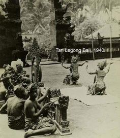 "Above is Legong Dance in 1940, looks like it was in ""jaba"" side of a temple. Jaba means the outer area in a temple which have entertainment use but still related to the ritual or ceremony."