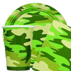 Camouflage Party Kit for 16 Guests