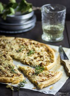 Tart leeks and walnuts Good Healthy Recipes, Real Food Recipes, Cooking Recipes, Yummy Food, Quiches, Vegetarian Recepies, Bread Machine Recipes, Savoury Dishes, Original Recipe
