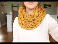 How to Loom Knit a Scarf - Crossed Stockinette Stitch (DIY Tutorial) - YouTube