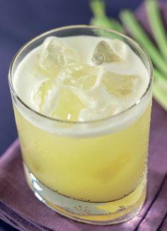 Denne udrensningskur med ananas er også helbredende. Ananas, aloe vera og ingefær er kendt for deres evne til at fremme fordøjelsen.