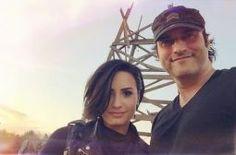 """Criador de """"From Dusk Till Dawn"""" elogia atuação de Demi Lovato na série: """"Ela foi fantástica"""" #Atriz, #Cantora, #Diretor, #Programa, #Série, #Televisão http://popzone.tv/criador-de-from-dusk-till-dawn-elogia-atuacao-de-demi-lovato-na-serie-ela-foi-fantastica/"""