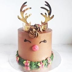 10 Insanely Beautiful Christmas Cakes That Won 2016 This Christmas.do you recall the most famous Reindeer of all? The Rudolph Cake is available for pre-order now for pick up/delivery December Only 10 slots available. Email or whatsapp us to order! Christmas Cupcakes, Christmas Sweets, Christmas Cooking, Christmas Goodies, Reindeer Christmas, Chrismas Cake, Christmas Birthday Cake, Christmas Cake Designs, Christmas Cake Decorations