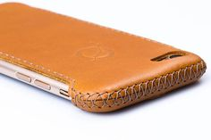 The extraordinary design of Dorado cases, along with the soft and natural leather they are made of, allows not only a firm and confident handling of your phone, but also an easy and unobstructed access to all of its buttons and surface sensors. The separate parts that make up a case are