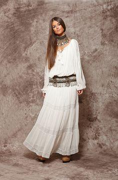 sleeve raw dress - € Zaitegui - Fashion and branded clothing for . - madane de rosa -Long sleeve raw dress - € Zaitegui - Fashion and branded clothing for . Maxi Skirt Outfits, Boho Outfits, Fashion Outfits, Dress Fashion, Gypsy Style, Bohemian Style, Ethnic Fashion, Boho Fashion, White Dress Summer