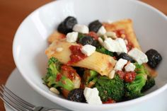 Stuffed Pasta with Lemony Harissa Oil, Feta and Broccoli | WeeklyGreens.com