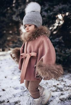 Luxurious Racoon fur trim and cuffs kids poncho - MILOVES Cute Little Baby, Cute Baby Girl, Cute Babies, Baby Swag, Little Girl Outfits, Cute Outfits For Kids, Kids Winter Fashion, Kids Fashion, Winter Clothes For Kids