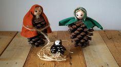 <p>Na Panu Marii a Svatého Josefa použijeme dvě velké borovicové šišky, na Ježíška pak jednu menší. Papírové hlavičky z hobby marketu jsou přilepeny tavnou pistolí, na doplnění jsme použili plsť a slámu.</p>\n - <p>Na Panu Marii a Svatého Josefa použijeme dvě velké borovicové &amp...