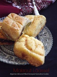 Makrout Lâassel | Algerian Almond Filled Honeyed Semolina Cookie {EID AL FITR RECIPE}