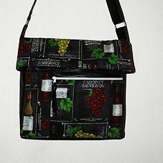 +Autorskou+extravagantní+kabelku+jsem+navrhla+ušila+z+velmi+krásné +a+zdařilé+imitace+kůže+barvy+černé+a+ze ... e6c017adf2