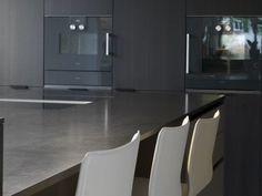 Küche in Raucheiche - Küchen - Referenzen - La Cucina é Casa   küche   wohnen   innenarchitektur  Schweinfurt
