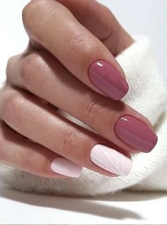 Want some ideas for wedding nail polish designs? This article is a collection of our favorite nail polish designs for your special day. Elegant Nails, Classy Nails, Stylish Nails, Cute Nails, Pretty Nails, Pin Up Nails, Nail Polish Designs, Acrylic Nail Designs, Nail Art Designs