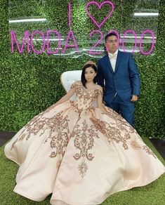 Off to shoulder rose gold quinceañera dress ✨ – Quinceanera 2020 Rose Gold Quinceanera Dresses, Charro Quinceanera Dresses, Ball Gown Dresses, Pageant Dresses, Vestido Charro, Sweet 15 Dresses, Quince Dresses, Mexican Dresses, The Dress