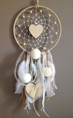 45 Stunning Dream Catcher Ideas For Home Decoration home decoration, dream catcher, home decor ideas, diy crafts, dream catcher crafts Dream Catcher Patterns, Dream Catcher Decor, Dream Catcher Mobile, Crafts To Make, Arts And Crafts, Diy Crafts, Crochet Dreamcatcher, Creation Deco, Ideias Diy