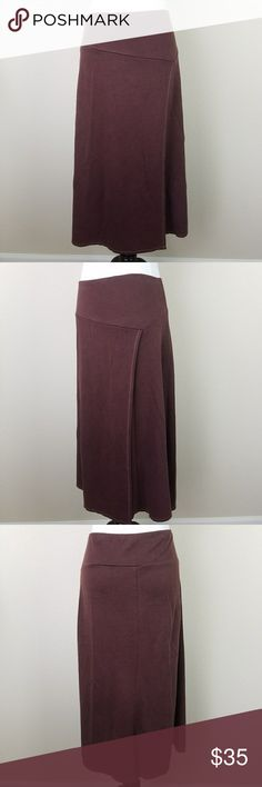 """Patagonia Long Athletic Skirt Size Small EUC Patagonia Long Flare Skirt. 47% Organic cotton, 39% Tercel, 14% Recycled Polyester. Size Small. Measurements are taken while garmsnt is lying flat: Waist:14.5"""" Hips:23"""" Length:30.5"""" Patagonia Skirts Midi"""