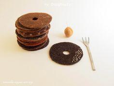 Felt Doughnuts Coaster by Ryoko Hirota