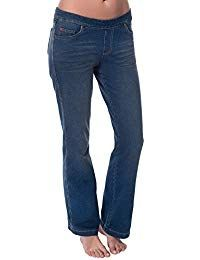 PajamaJeans - Petite Bootcut Vintage Wash Stretch Knit Denim Jeans for Women Boasting a well-loved look, this popular bootcut style features a touch of gentle fading and whiskering. Made to wear often in soft, stretchy Dormisoft Denim. Denim Jeans, Skinny Jeans, Blue Jeans, Levi Strauss, Everyday Fashion, Ideias Fashion, Cute Outfits, Casual, Pants