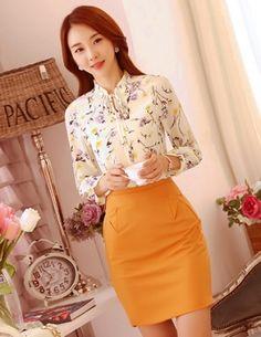 Áo sơ mi công sở hoa nhí nền màu vàng nhạt - B5734 Girly Girl Outfits, Lace Dress, High Waisted Skirt, Butterfly, Asian, My Favorite Things, Lady, Skirts, Model