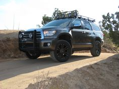 Have you seen a New Lifted Sequoia? - Page 2 - Toyota Tundra Forums : Tundra Solutions Forum Toyota Sequioa, Asian Market, Lift Kits, Toyota Tundra, Big Tree, My Dream Car, Cool Trucks, Land Cruiser, Offroad