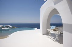 Enjoy the gorgeous summer house design of this stunning villa located on Mykonos Island, Greece. Villa Design, House Design, Mykonos Island Greece, Santorini Greece, Greece Resorts, Mykonos Villas, Beach Villa, Resort Villa, Beach Cottages