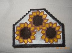 Sunflower Napkin holder in Plastic canvas por SpyderCrafts en Etsy
