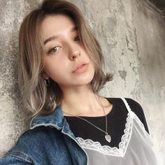 """Today's """"Sunset watching, eating grapefruit and talking about stuff"""" insta life was fun. Girl Haircuts, Hairstyles Haircuts, Cool Hairstyles, Hairstyles Pictures, Unique Hair Cuts, Childrens Haircuts, Angelina Danilova, Shot Hair Styles, Russian Beauty"""