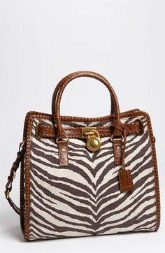 1b58e1c3c9e5 77 Best Casual Outlfits images | Handbags michael kors, Michael kors ...