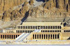 Картинки по запросу погребальный храм хатшепсут