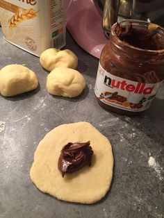 Il y a du Claustra dans lair Julie Nabucet Architectures Dessert Au Nutella, Nutella Fudge, Nutella Cookies, Nutella Recipes, Candy Recipes, Sweet Recipes, Cookie Recipes, Snack Recipes, Nutella French Toast