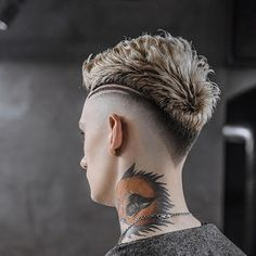 15 Popular Haircuts For Men - Hairstyles Hair Ideas, Cut And Colour Inspiration Barber Haircuts, Haircuts For Men, Hair And Beard Styles, Short Hair Styles, Haircut Designs For Men, Mohawk Hairstyles Men, Men Hair Color, Mens Hair Trends, Hair Tattoos