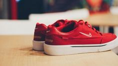 Supreme x Nike SB GTS Via: Tenisufki.eu