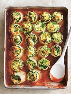 This quick and easy ricotta and courgette cannelloni recipe, from Donna Hay's co. - This quick and easy ricotta and courgette cannelloni recipe, from Donna Hay's cookbook Basics to - Vegetarian Recipes, Cooking Recipes, Healthy Recipes, Donna Hay Recipes, Lasagne Recipes, Mets, Vegetable Dishes, Vegetable Slice, Stay Fit