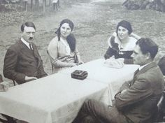 Adolf Hitler, Rudolf Hess and two other women