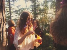 Bohemian Daydream: FLOWER CHILD