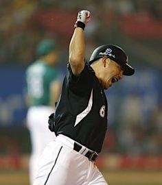 Tadahito Iguchi (Chiba Lotte Marines)