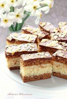 Vegan Ramen, Dessert Cake Recipes, Ramen Noodles, Pumpkin Cheesecake, Food Cakes, Coffee Cake, Deserts, Food And Drink, Cooking Recipes