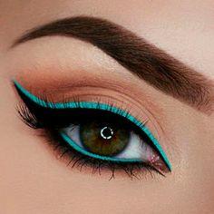 4 imagens que demostram como o delineador colorido salva a #makeup