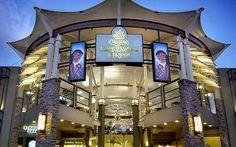 Queen Kaahumanu Mall, Kahului, Maui.
