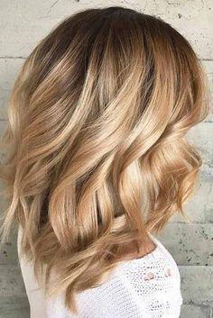 Super-Cool Haircut Ideas For Medium Length Hair – Hair Styles Haircuts For Medium Length Hair, Medium Length Hair With Layers, Medium Layered Hair, Medium Hair Styles, Long Hair Styles, Long Hair Tips, Long Curly Hair, Stylish Haircuts, Cool Haircuts